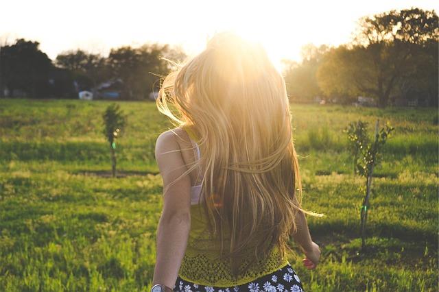 女性の薄毛、FAGA-女性男性型脱毛症の治療